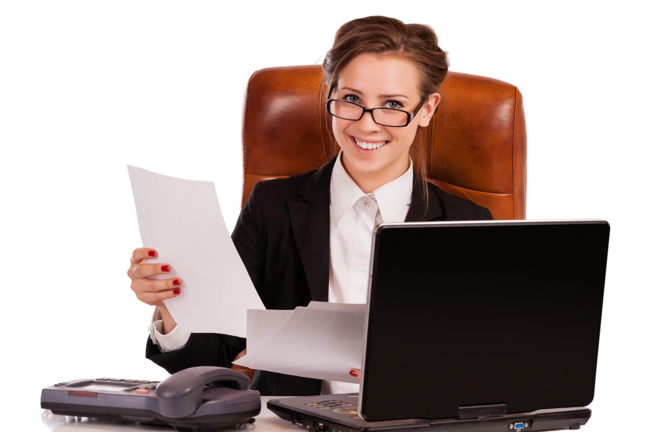 Lohnsteuer -Beraterin lächelnd Notebook